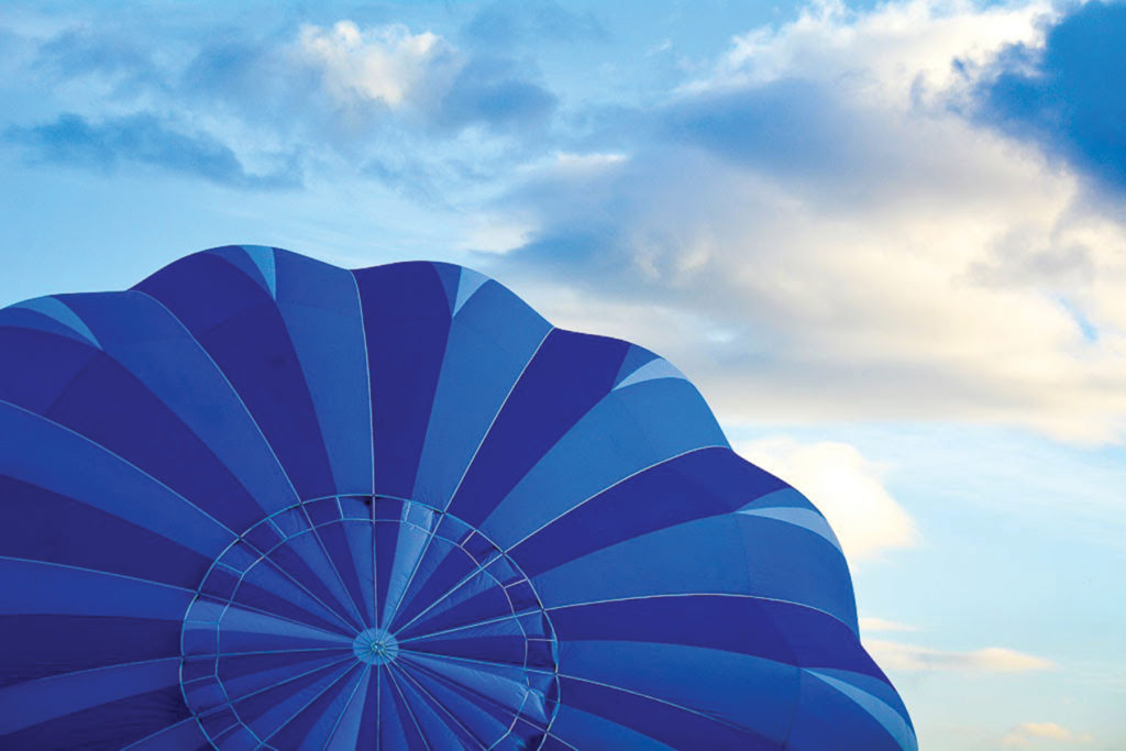 "Marilyn Ortega: ""Bonnie Blue"" Hot Air Balloon"
