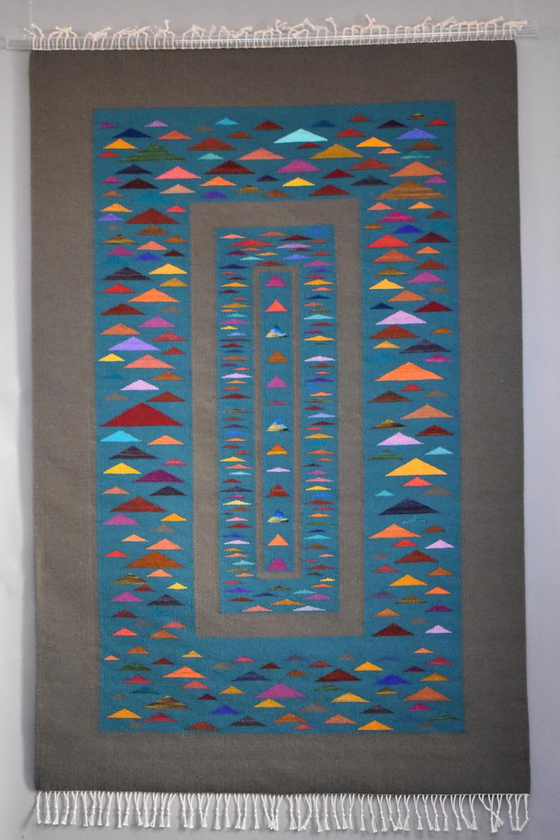 Donna Loraine Contractor: Confetti, Large