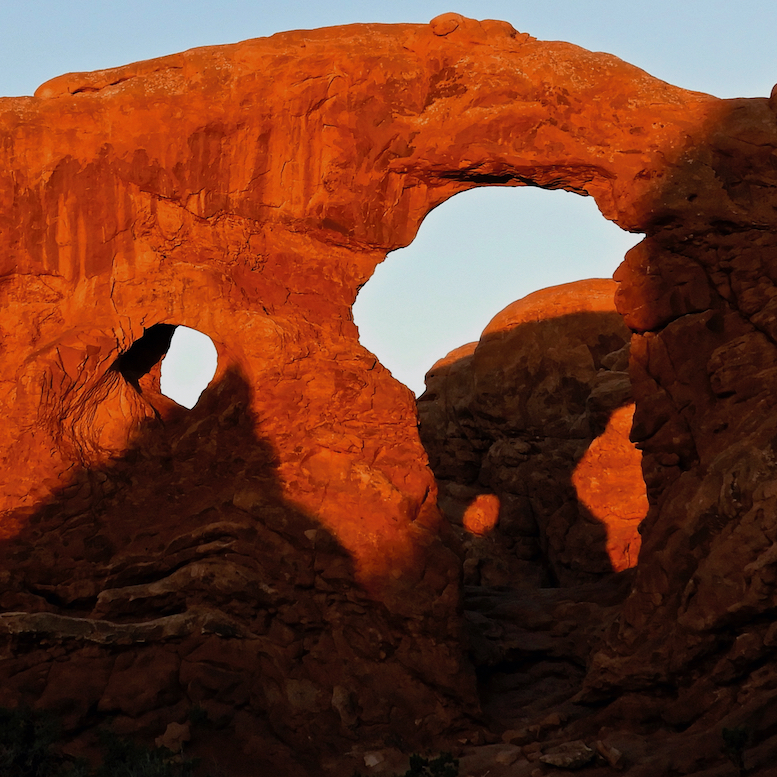 David D. Sorensen: Layered Arches, Sunrise
