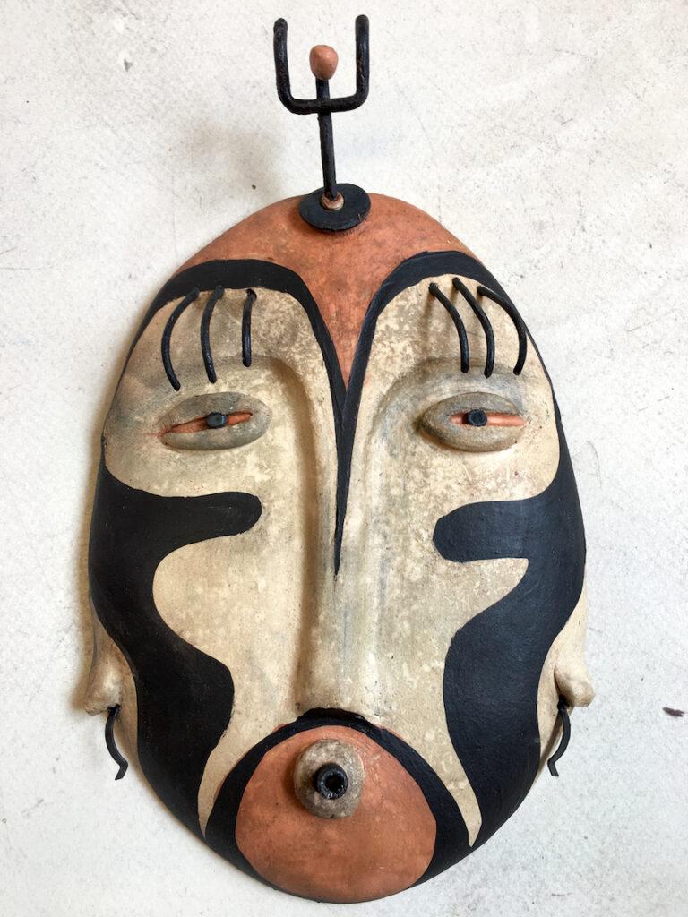 KD Fullerton: The Hidden Head